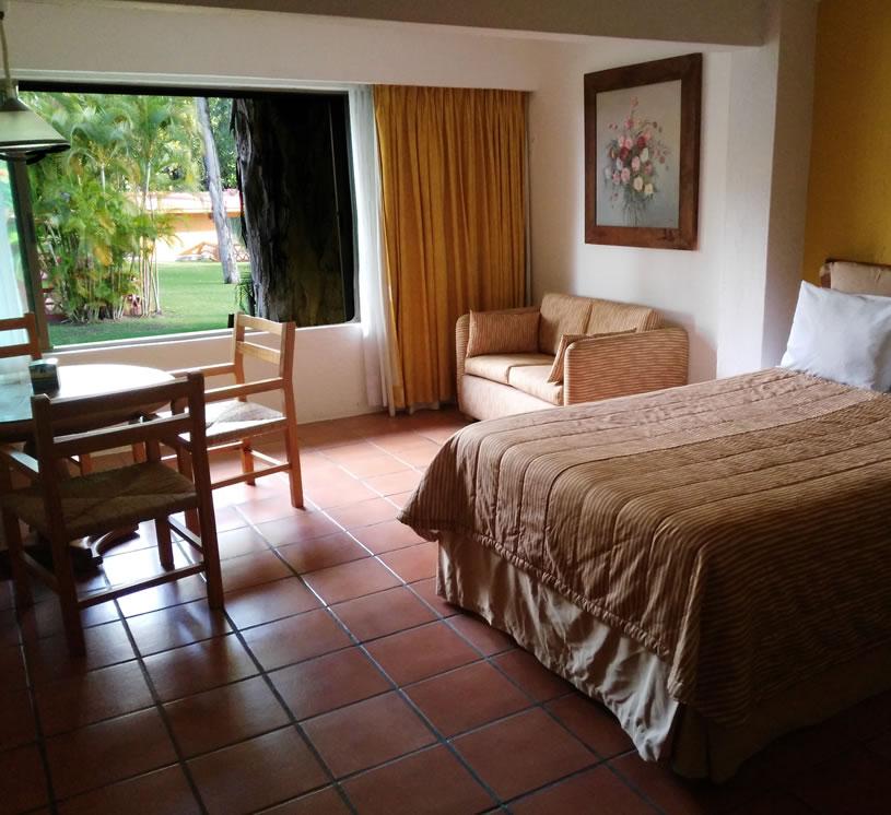 Hotel Real de Chapala, Habitación al Jardín segundo piso